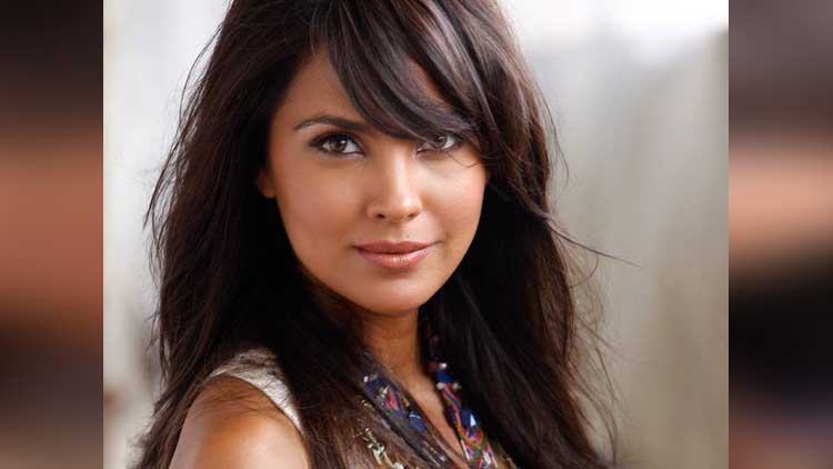Happy Birthday Lara Dutta viral photos
