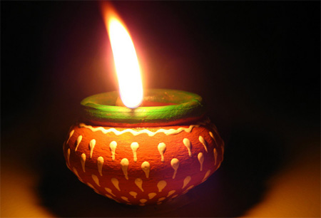 you can make diwali lamps at home
