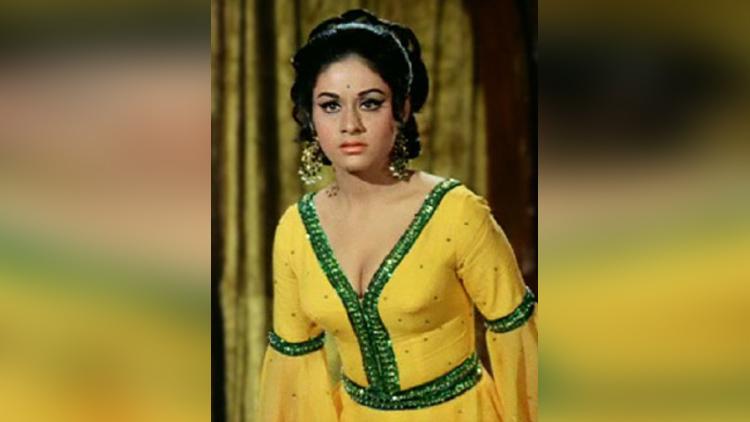 Birthday special Aruna Irani hot pictures