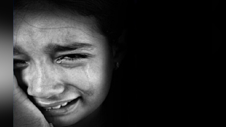 warden removes clothes of 70 girls to check whether there is a period or not
