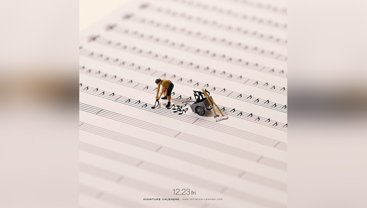Japanese artist Tatsuya Tanaka make miniature models