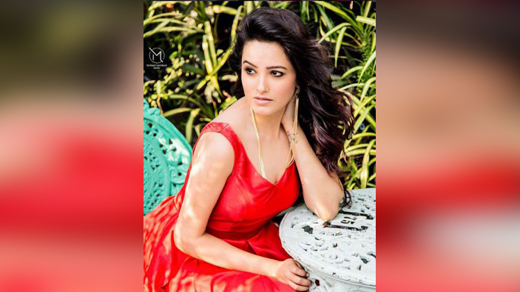 Anita Hassanandani hot photos