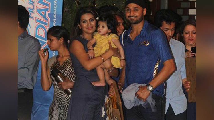 harbhajan singh and wife geeta basra in nita ambanis party