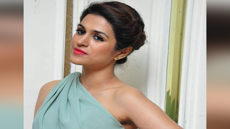 Shraddha Das hot and bold photos