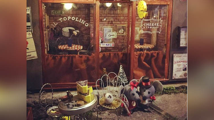 In Sweden Mouses get miniature restaurants from Anonymouse