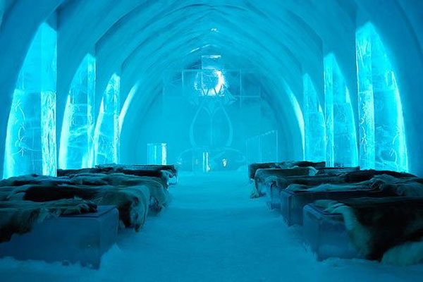 hotel made by ice in sweden