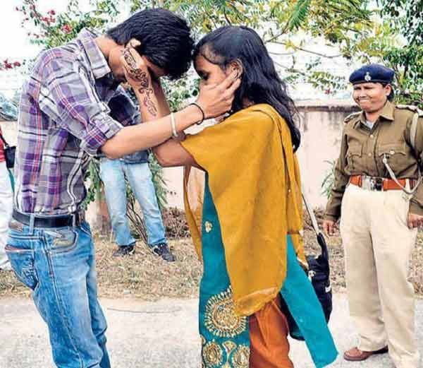funny Pictures of indian police