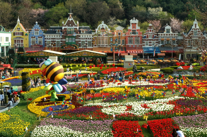 See photos in the world's most beautiful theme park