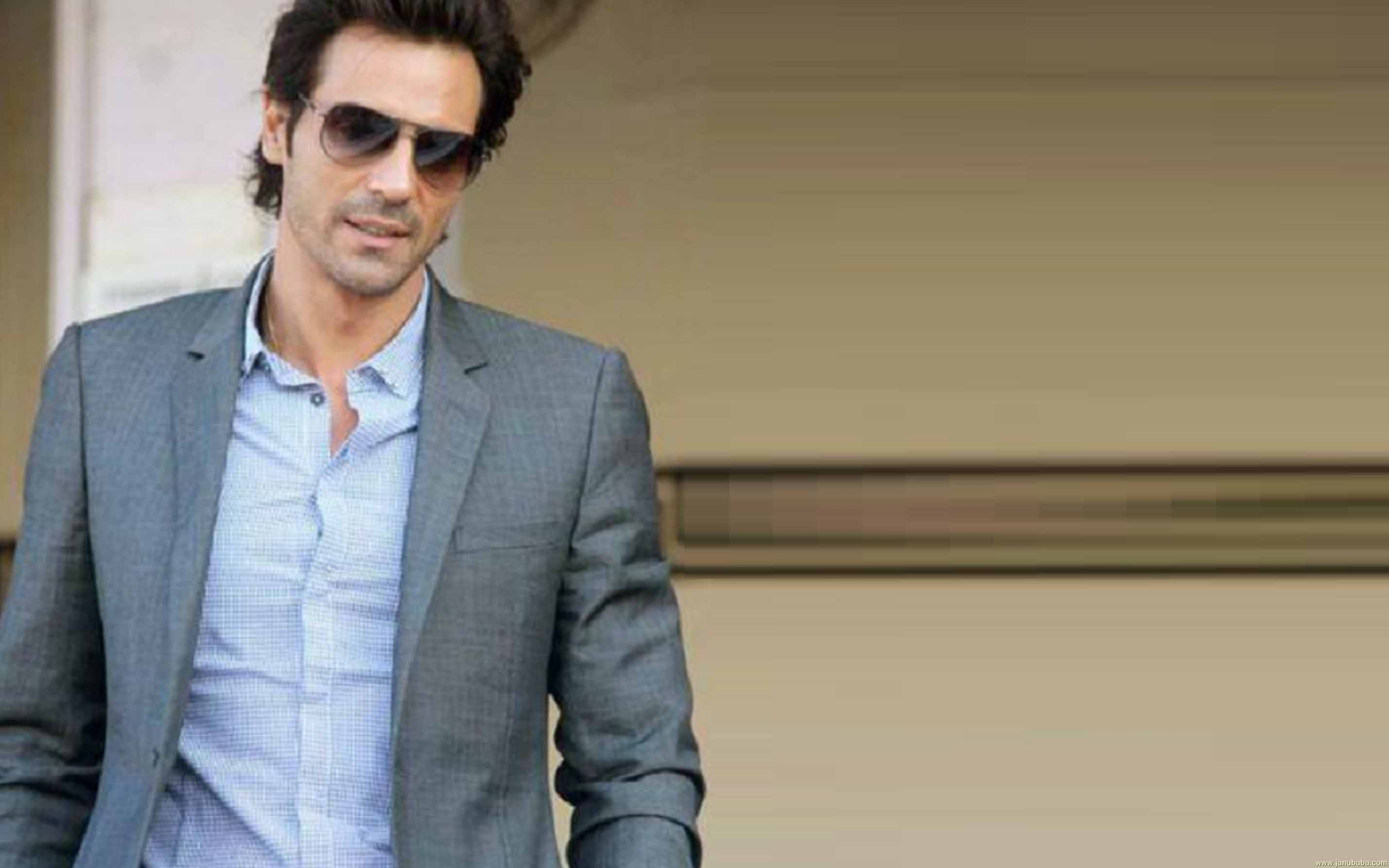 Arjun Rampal is today celebrating his 44th birthday