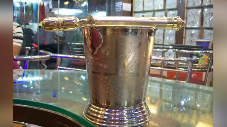Lucknow Chowk Jain Jewellers make silver pichkari