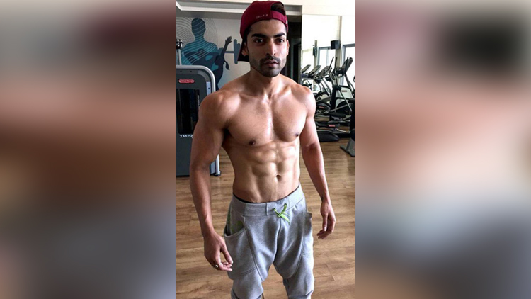 hot and dashing tv actor
