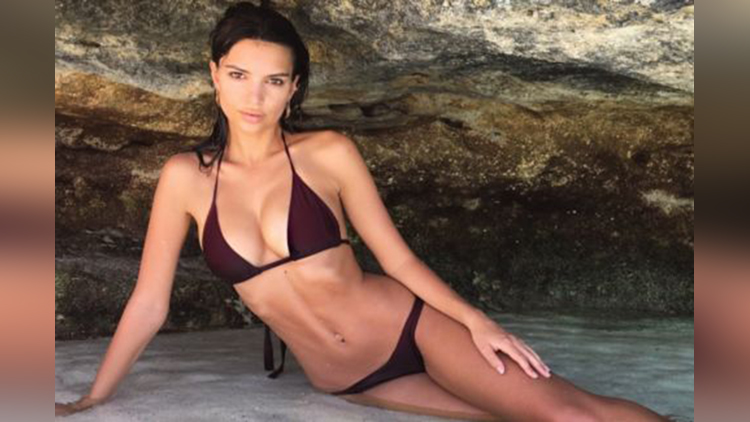 Emily Ratajkowski hot photos