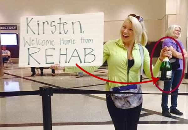 people welcome his friends on airport with weird messages