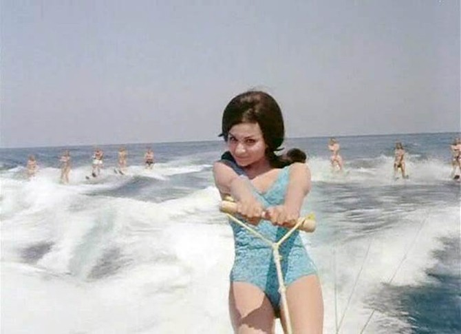 sharmila tagore first time bikini in bollywood