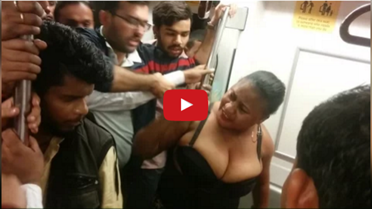 Women MANHANDLE passenger in Delhi Metro