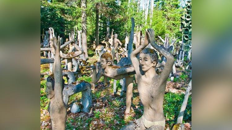 Veijo Ronkkonen Sculpture Park viral pictures