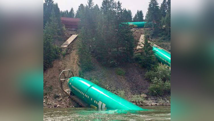 Boeing fuselages damaged in train derailment