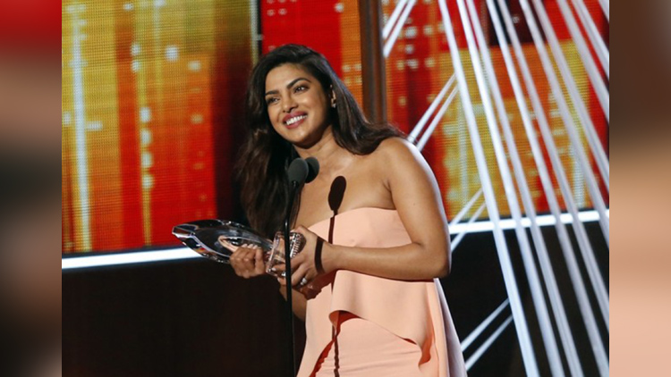 Priyanka chopra after won the peoples choice award