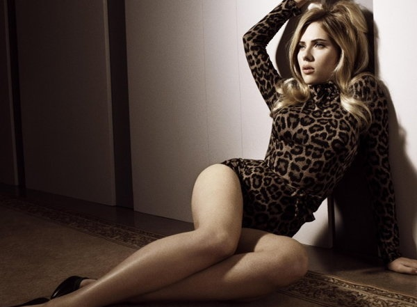 Hot Pictures of Scarlett Johansson