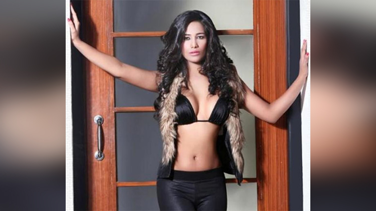 Poonam Pandey hot pictures on her birthday