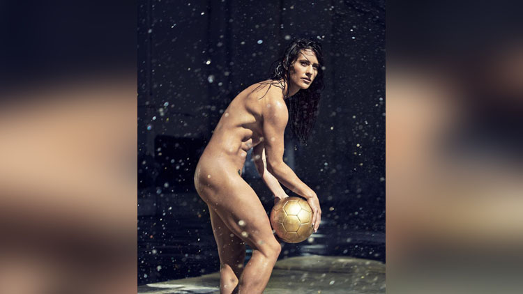 athletes nude pose pictures