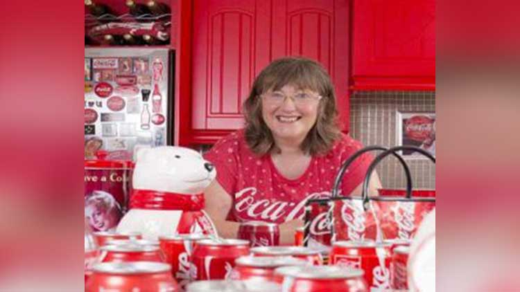 A Woman Loves Coca-Cola Enough To Decorate Her Home In Its Honor