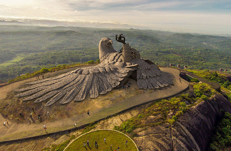 These are the worlds 10 large and amazing rock Statue