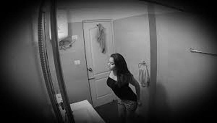 Girl bathroom MMS leaked on social media