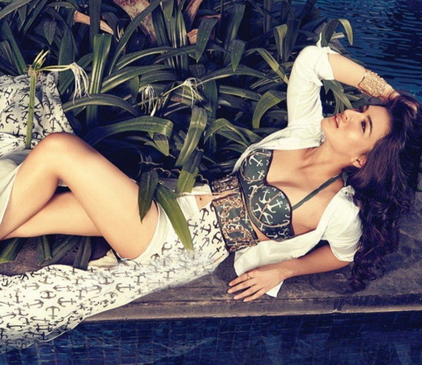 hot and gorgeous photos of kriti sanon
