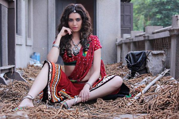 beautiful photos of Karishma Tanna