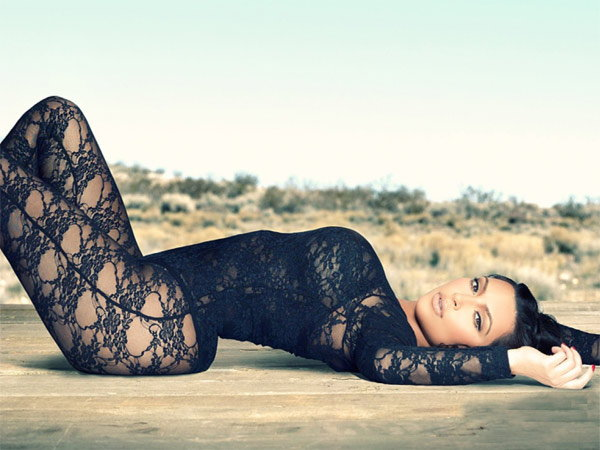 Hot Desert Shoot of Kim Kardashian