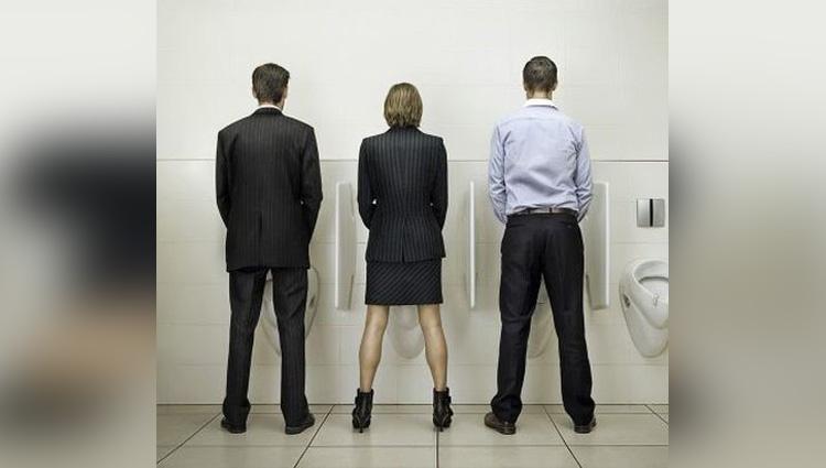 women pee standing up