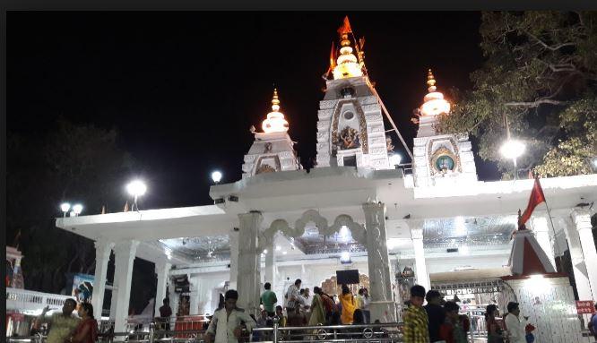 khajrana temple khajrana mandir ulta swastik indore madhya pradesh