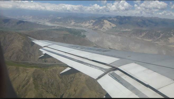 Why Planes Do not Fly Over The Himalayas Or Tibet