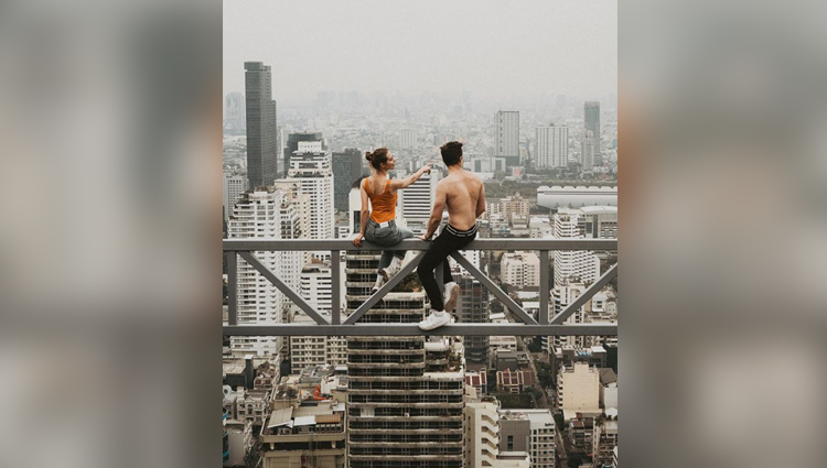 This Girl Angela Nikolau Instagram Rooftopping Have Created