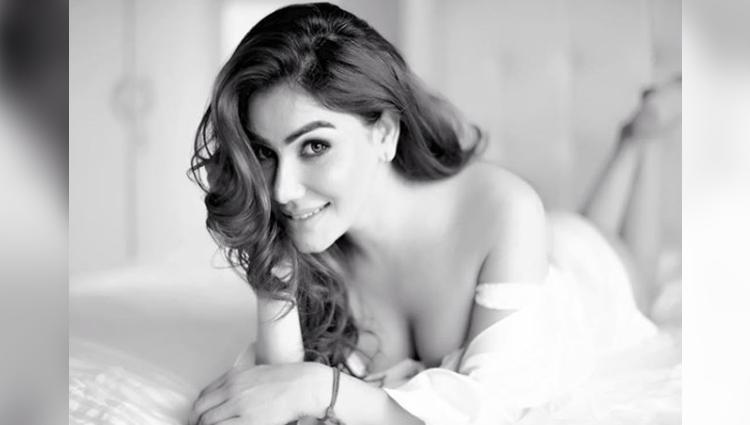 Kangna Sharma hot and bold photos tv actress bold photos tv news