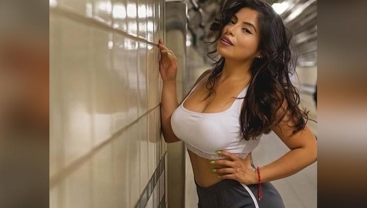 jessenia vice hot doctor become model