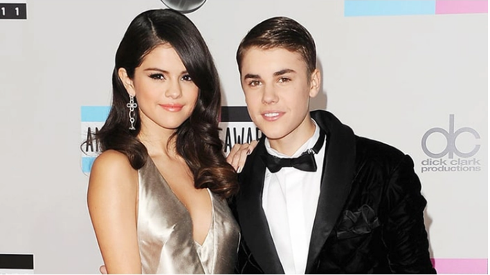 Justin Bieber's Nude Photo Got Uploaded By Selena Gomez's Hacked Account