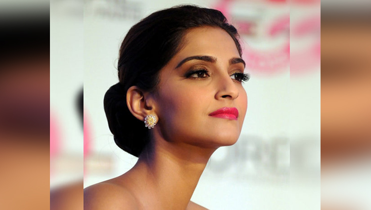 Sonam Kapoor Confirms That She Is Doing The Zoya Factor