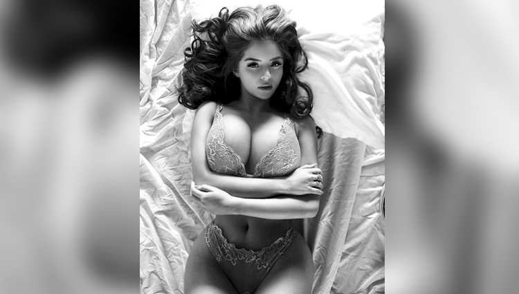 demi rose bold and sexy photos hot and nude model