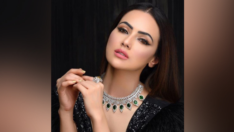 sana khan new photos beautiful photos of sana khan
