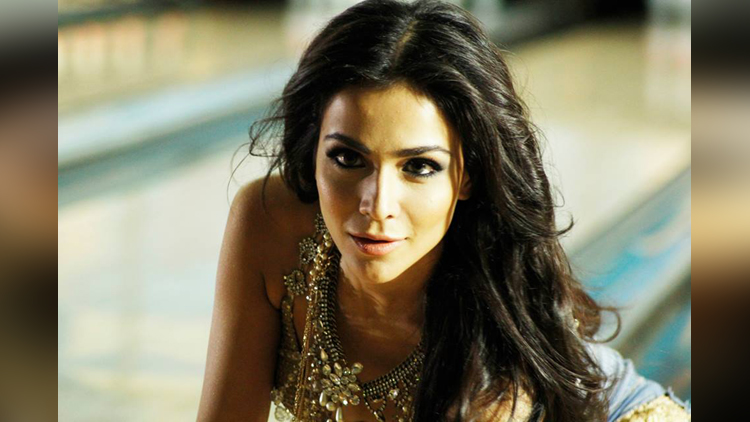 Pakistani Actress Humaima Malick viral pictures