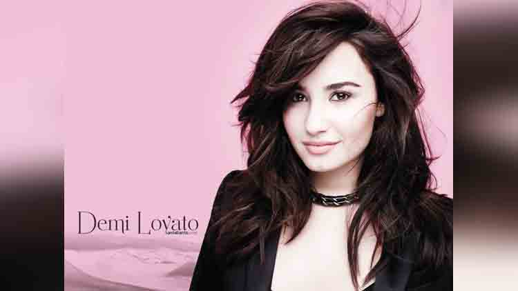 Demi Lovato viral pictures on instagram