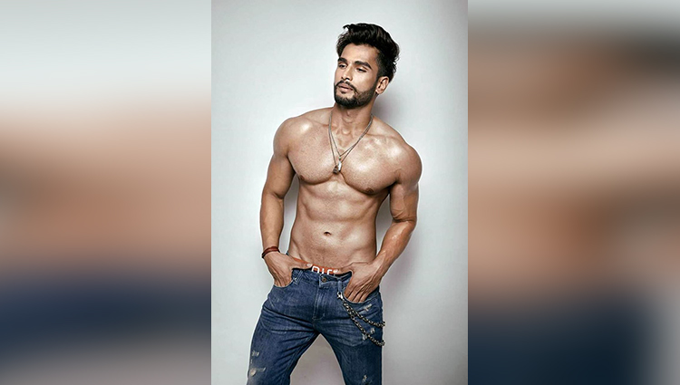 Rohit Khandelwal share his shirtless photosMr India