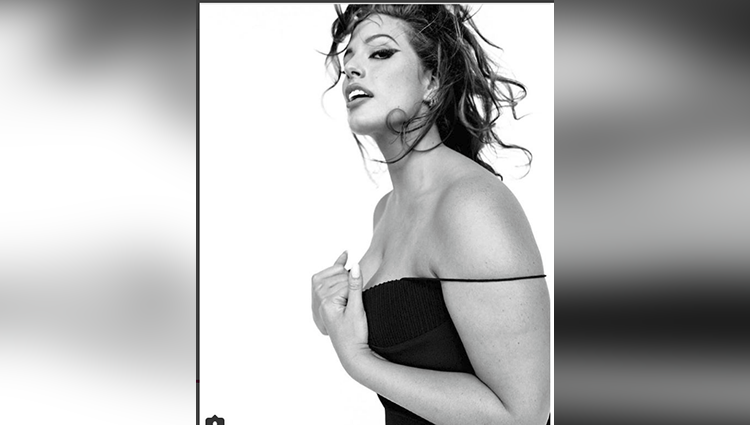 Ashley Graham posed for Vogue Italia in unretouched pinup shoot