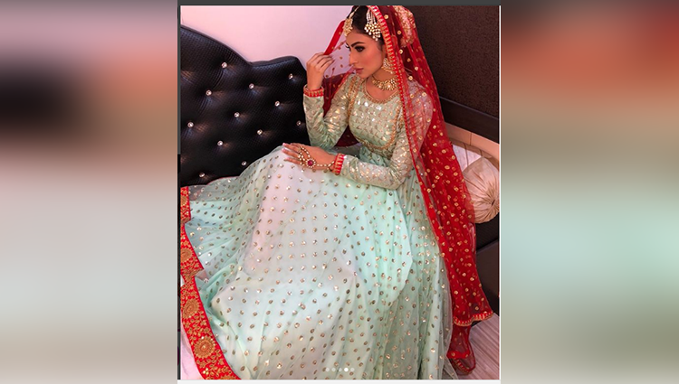 Mouni Roy's latest photos are proof why she is too hot to handle