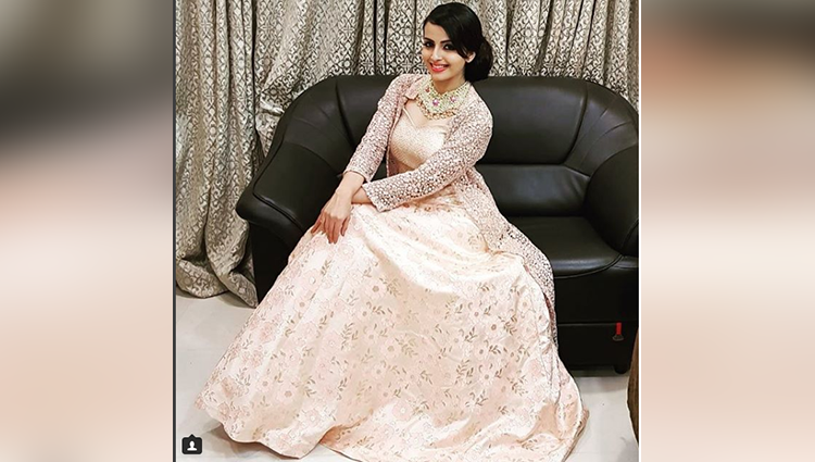 shrenu parikh share photo in indian outfit