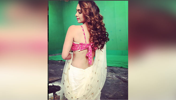 Pooja Banerjee share her sexy and bold photos