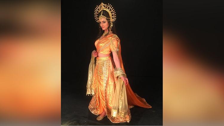 Kajol Srivastava sexy and hot photos