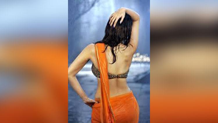 Actress Tamanna fall in love with cricket player virat kohli